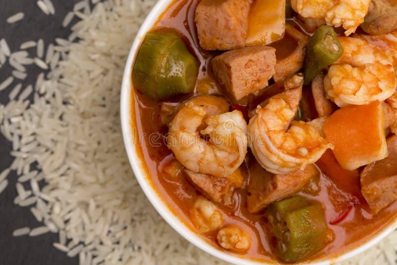 碗Cajun海鲜浓汤 免版税图库摄影