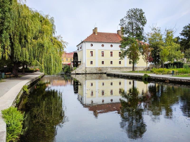 磨房池塘在陶波尔曹,匈牙利 库存图片