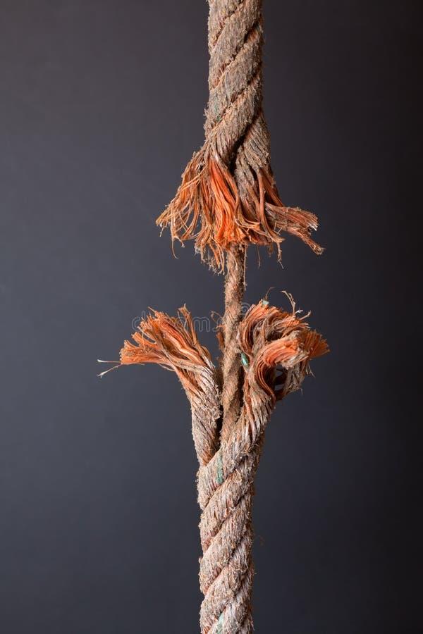 磨损的绳索 免版税库存照片
