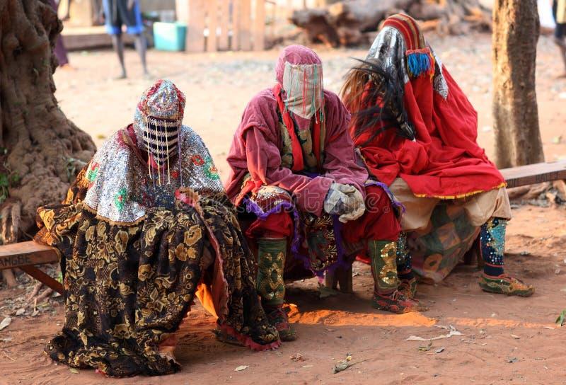 礼仪屏蔽舞蹈,非洲 免版税图库摄影