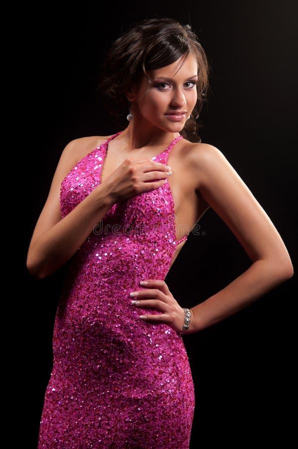 Download 礼服桃红色妇女 库存图片. 图片 包括有 快乐, 纵向, 背包, 眼睛, 专业人员, 淫荡, 表面, 微笑 - 22352947