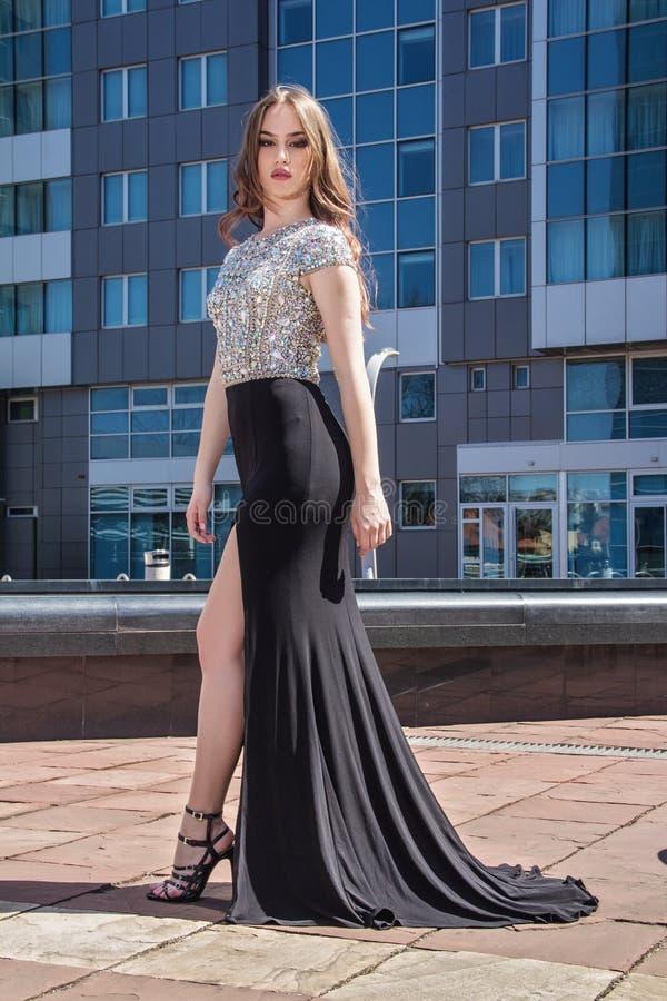 礼服的时尚妇女 图库摄影