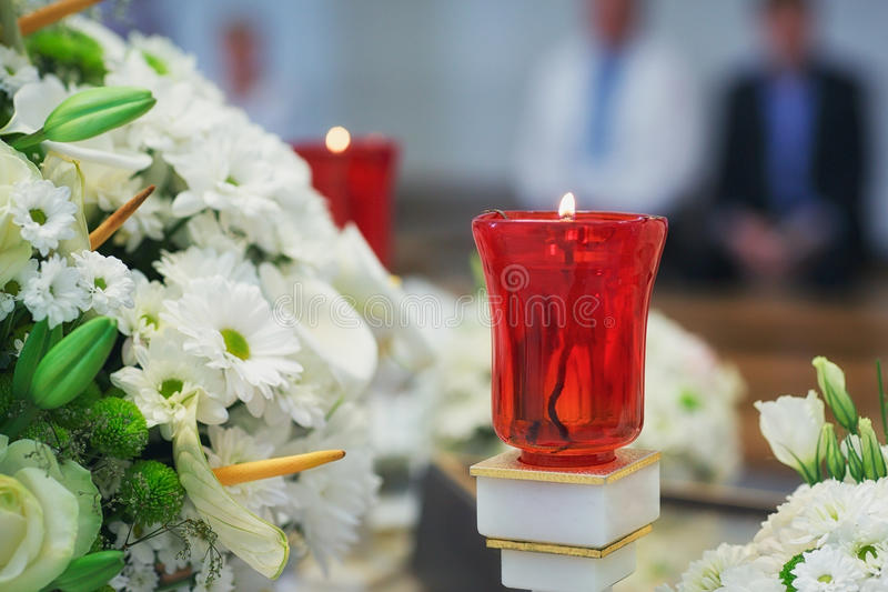 洗礼的教会供应在桌上 库存照片