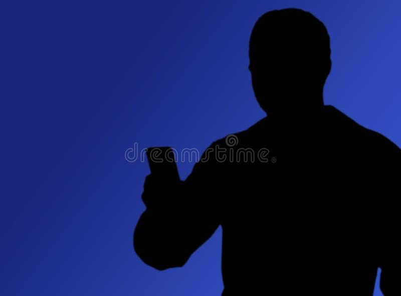 社会媒介,在手中拍与电话的人们照片 免版税库存图片