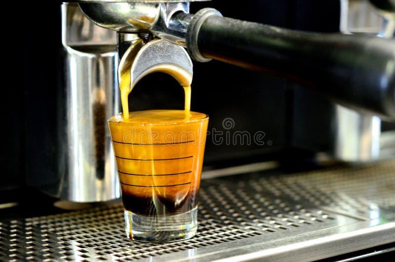 社团领袖咖啡机器 免版税库存图片