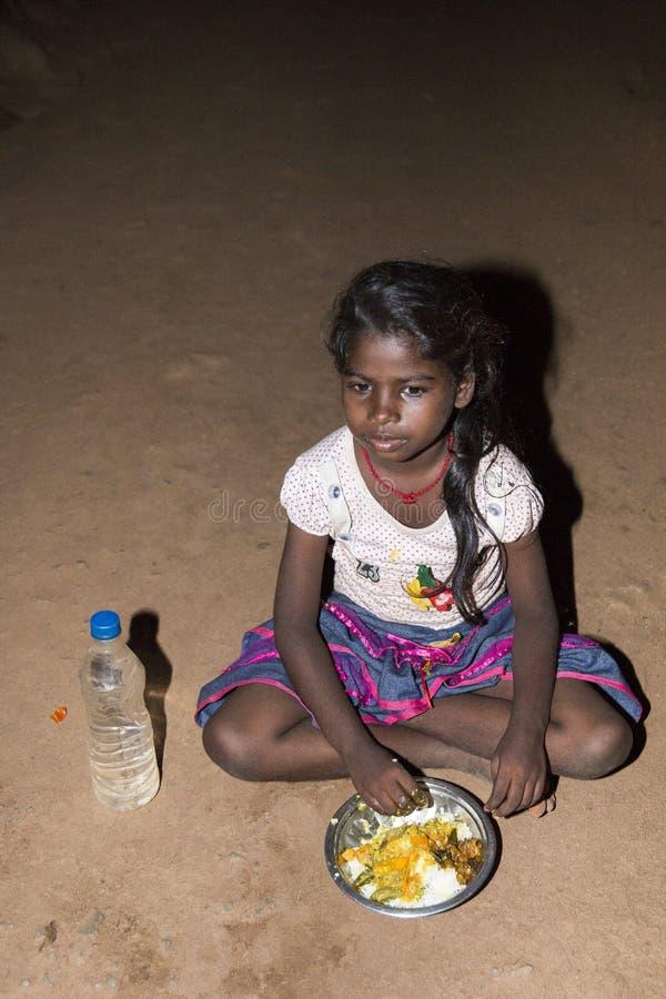 社论说明图象 哀伤的可怜的孩子,印度 免版税库存照片