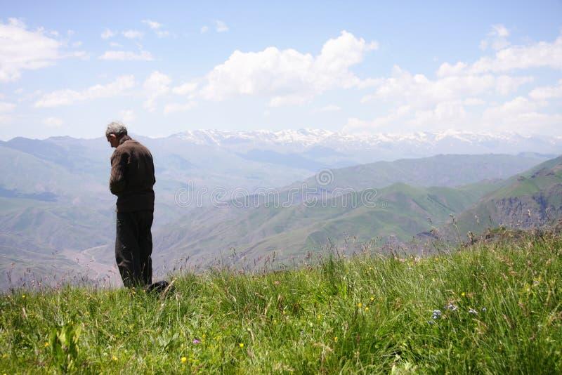 祈祷前辈的山 免版税库存图片