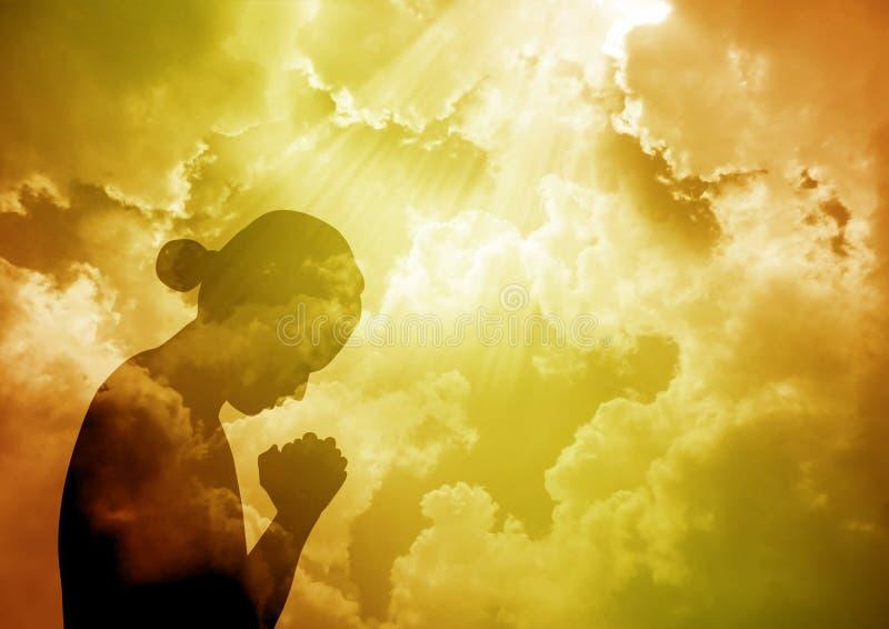 祈祷的妇女 向量例证