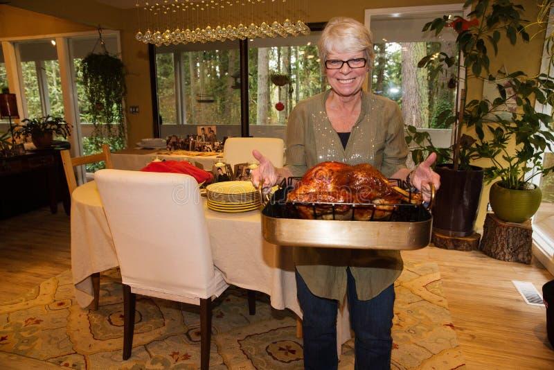 祖母土耳其晚餐 免版税图库摄影