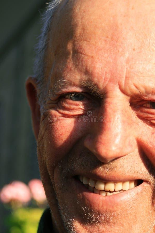 祖父微笑 库存图片