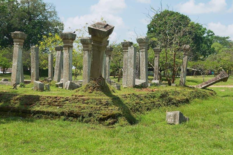 神圣的城市的废墟的看法在阿努拉德普勒,斯里兰卡 免版税库存图片