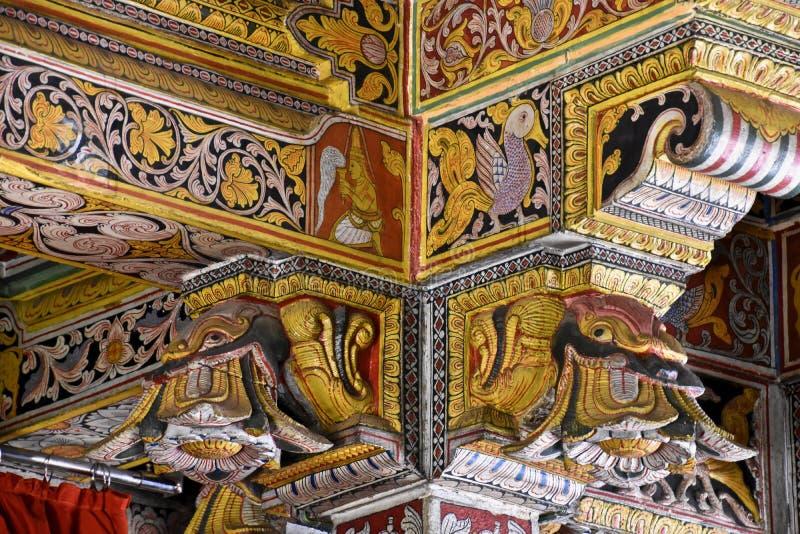 神圣的牙遗物寺庙的装饰  免版税库存图片