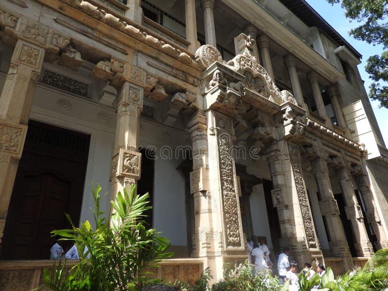 神圣的牙遗物斯里Dalada Maligawa的寺庙在康提,斯里兰卡 位于皇家的细节遗物佛教寺庙 库存照片