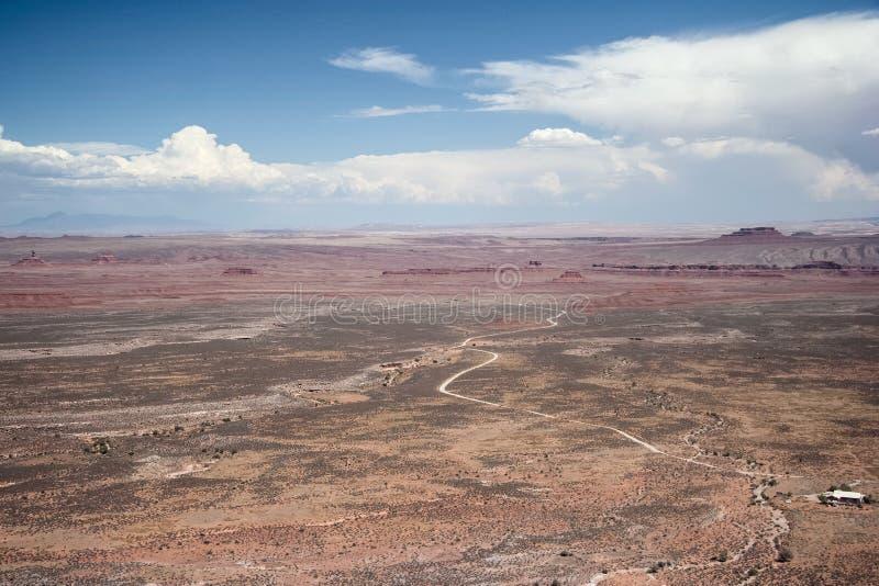 神的谷看法从Moki Dugway Muley点的俯视犹他美国 免版税库存照片