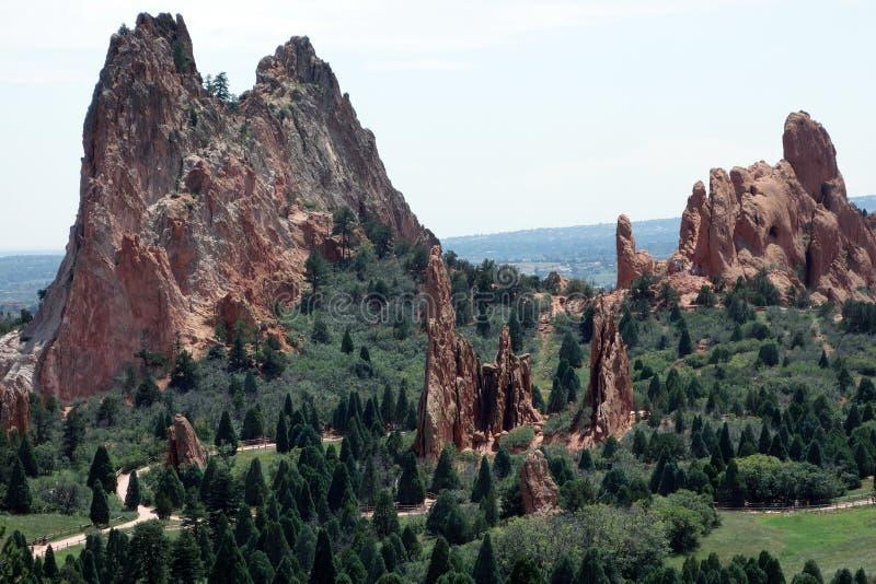 神足迹和山的庭院 库存照片