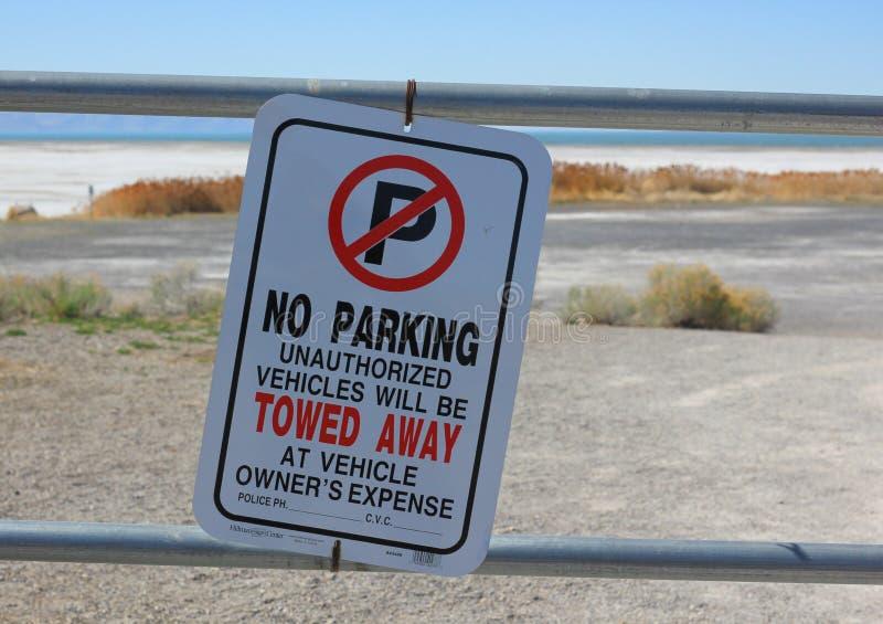 禁止停车标志大盐湖在犹他 库存图片