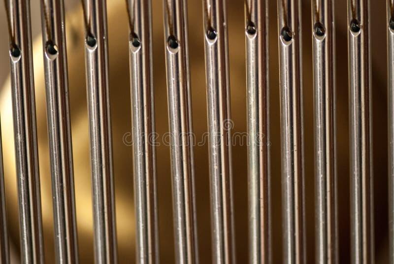 禁止有钢管的编钟放松和凝思的 库存图片