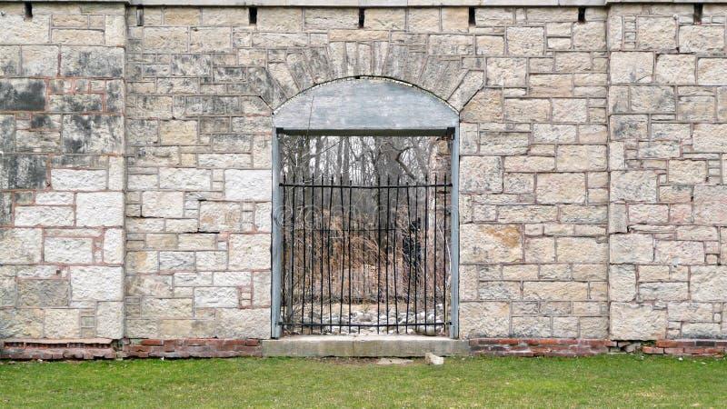 禁止的世纪入口第十九废墟 库存照片