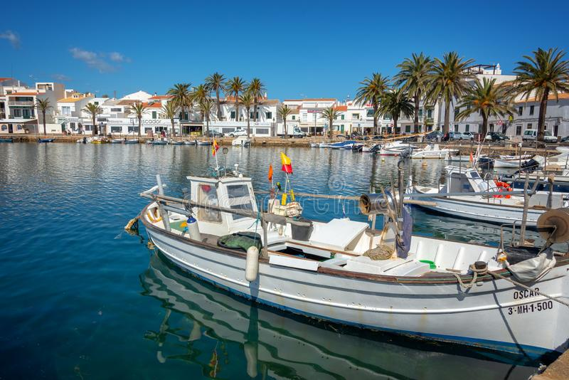 福内尔渔港在梅诺卡,巴利阿里群岛西班牙 库存图片
