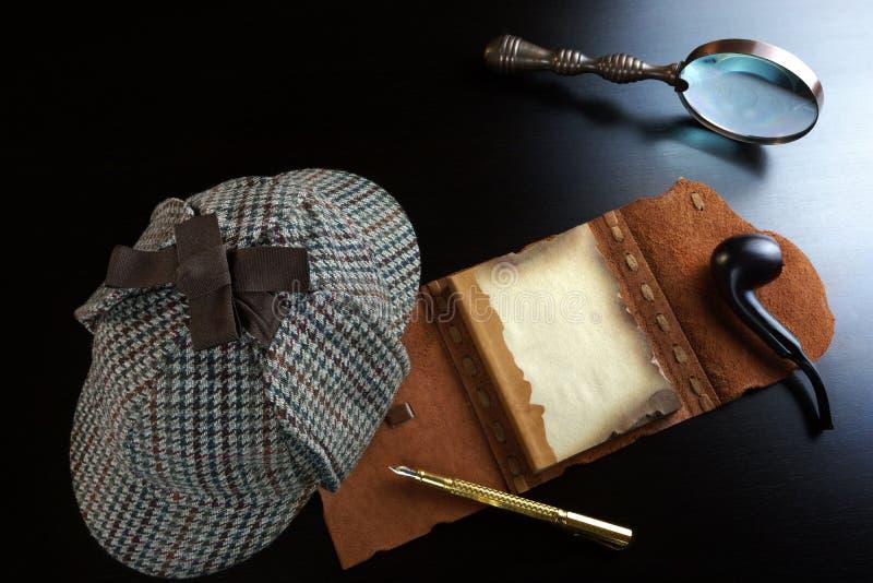 福尔摩斯概念 私家侦探工具 库存照片