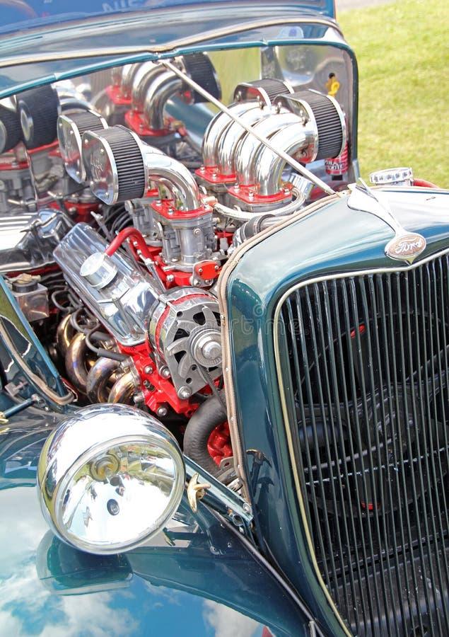 福特流行音乐葡萄酒镀铬物引擎 免版税图库摄影