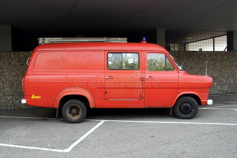 福特运输MK1消防车-侧视图 免版税库存照片