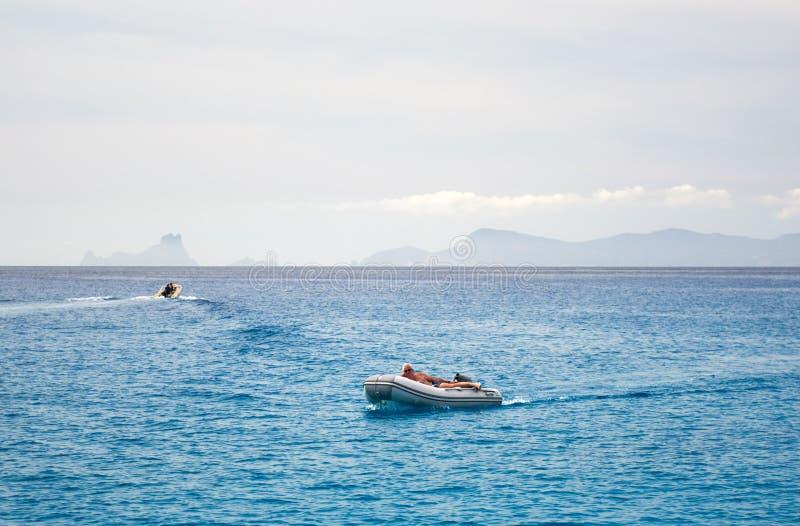 福门特拉岛 达成协议色greyed的区拜雷阿尔斯夹子包括海岛映射路径替补被遮蔽的状态周围的领土对植被 西班牙 库存图片