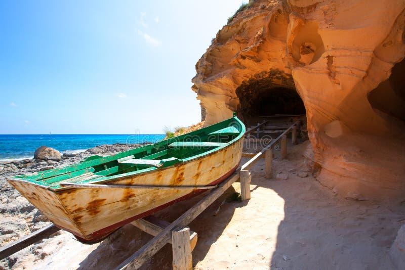 福门特拉岛Cala en巴斯特在西班牙的巴利阿里群岛 免版税图库摄影