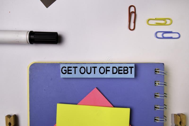 离开在白色背景隔绝的稠粘的笔记的债务 库存图片