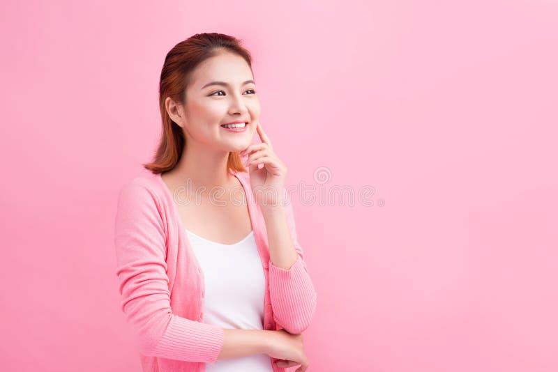 秀丽亚洲年轻画象 接触h的美丽的想法的妇女 免版税库存照片