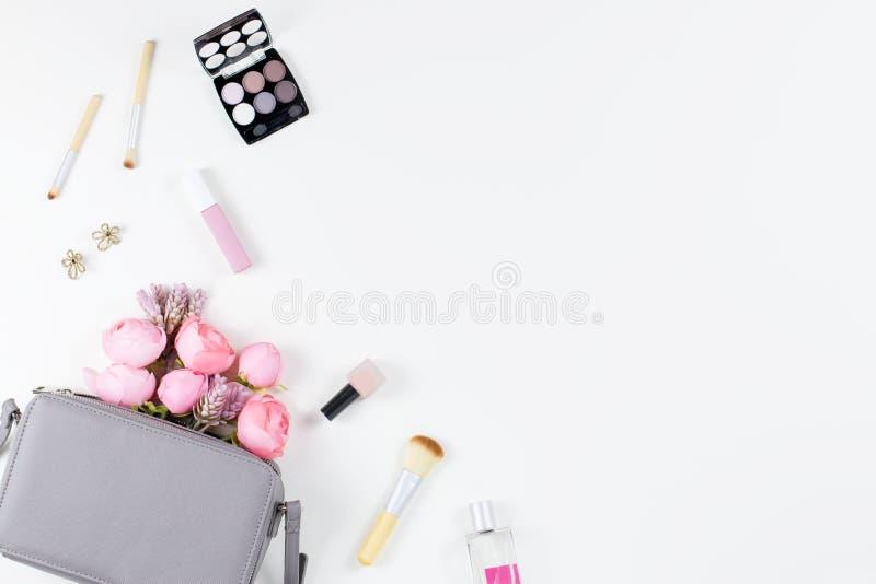 秀丽博克概念舱内甲板位置 时装配件,花,化妆用品,首饰, copyspace 库存照片