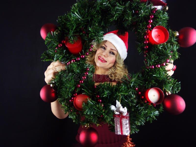 秀丽圣诞节女孩组成 免版税图库摄影