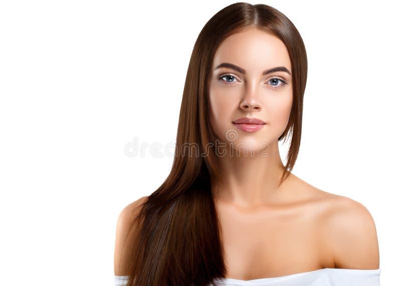 秀丽女孩面孔画象 有Perfec的美丽的温泉模型妇女 免版税库存照片