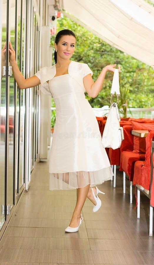 秀丽新娘咖啡馆 免版税库存照片