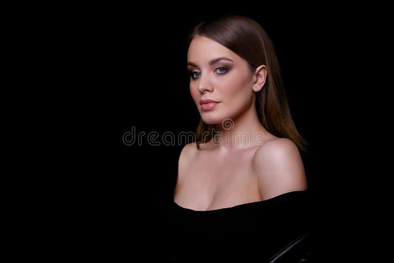 秀丽时装模特儿妇女,画象 免版税库存照片