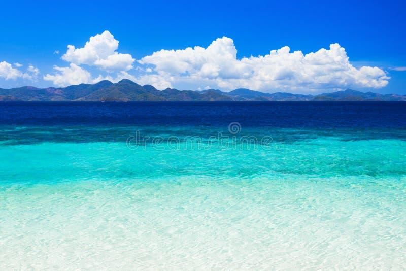秀丽海滩 免版税图库摄影