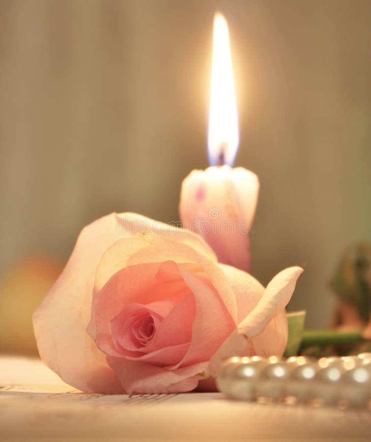 秀丽蜡烛粉红色玫瑰色处理 图库摄影
