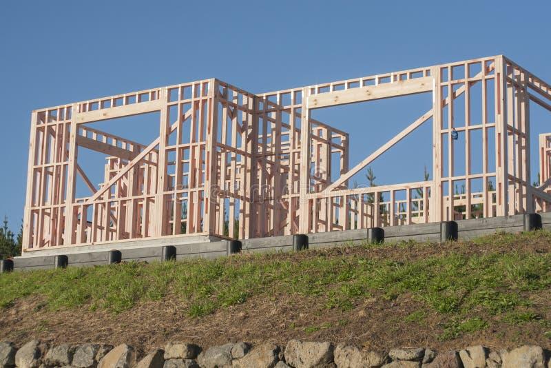 私有房子的木建筑,修建在新西兰 免版税库存照片