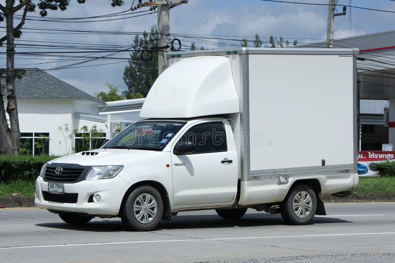 私有被冷藏的容器卡车 库存图片