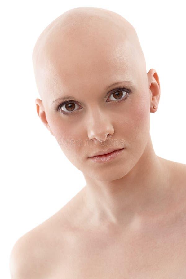 秃头妇女-乳腺癌Awereness画象  图库摄影