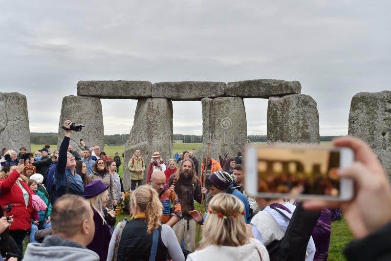 秋天在巨石阵的Equninox庆祝 库存照片