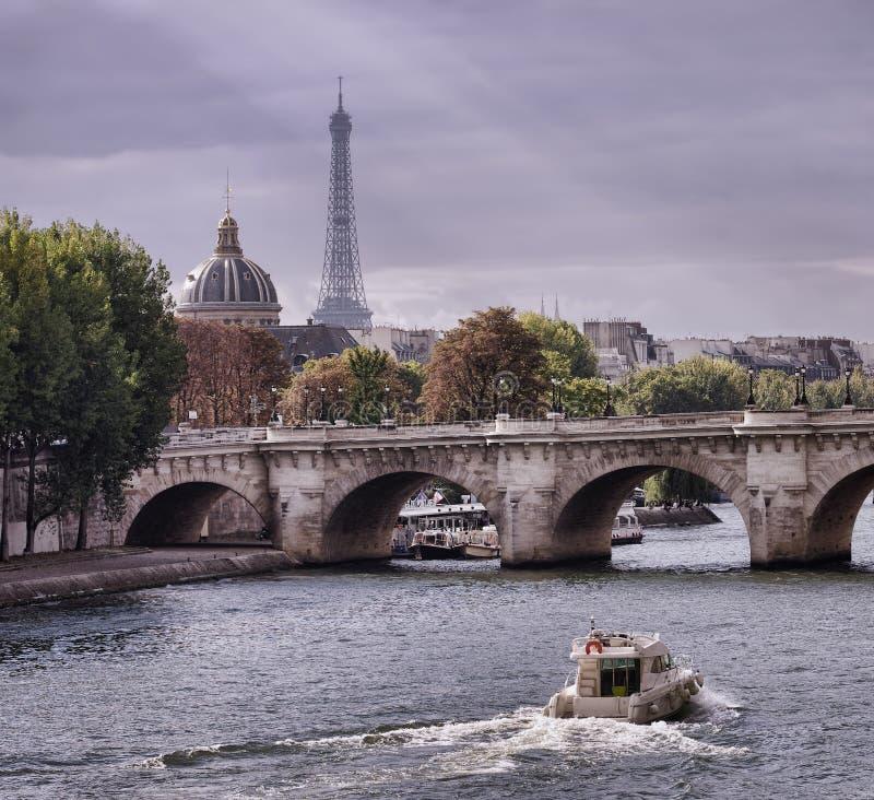 秋天在巴黎 库存照片