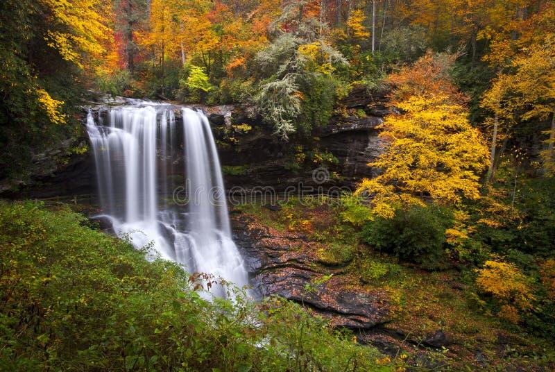 秋天干燥秋天高地山nc瀑布 免版税库存照片