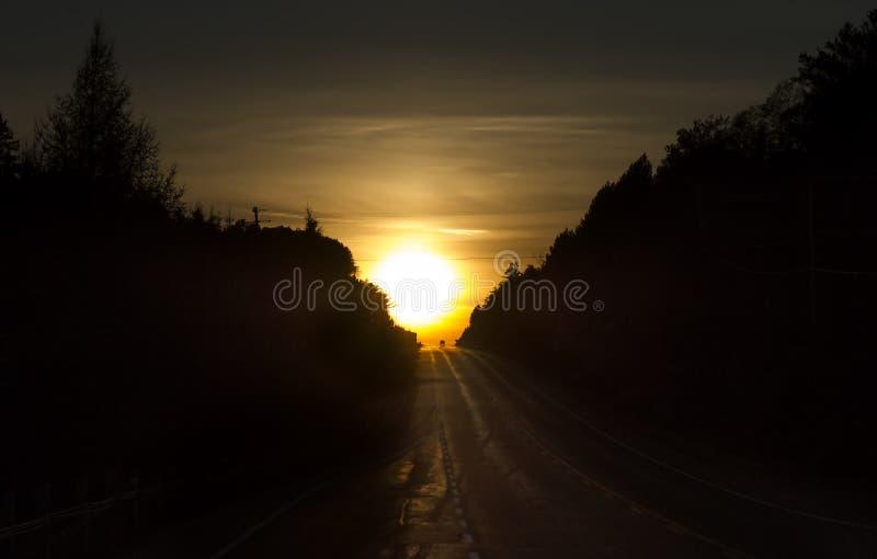 秋天日落在阿尔根金族公园 库存图片
