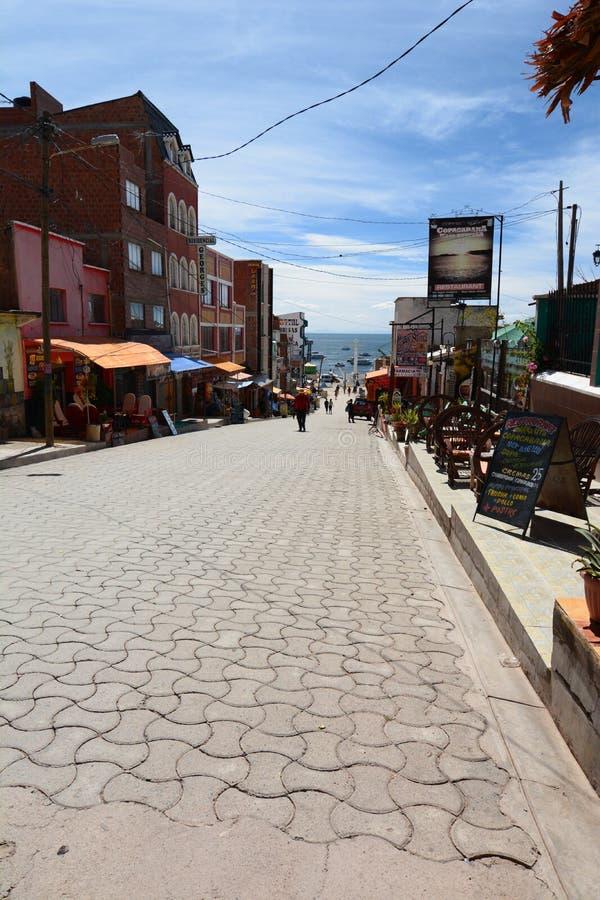 秋天日dongmen中间 copacabana 湖Titicaca 流星锤 免版税图库摄影