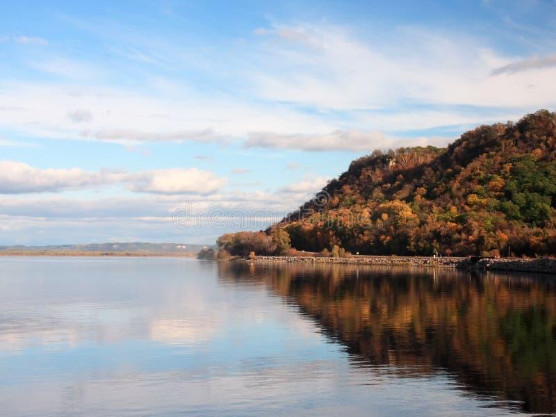 秋天明尼苏达密西西比河 库存图片