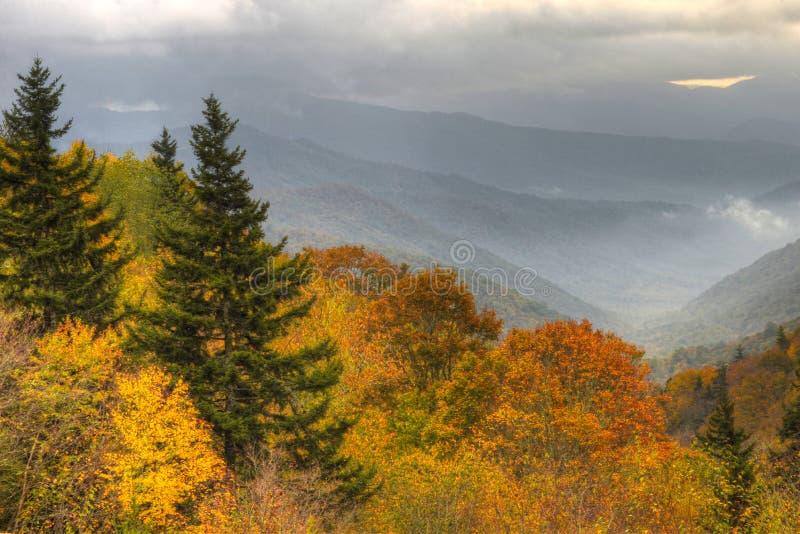 秋天来到大烟山国家公园 免版税库存照片