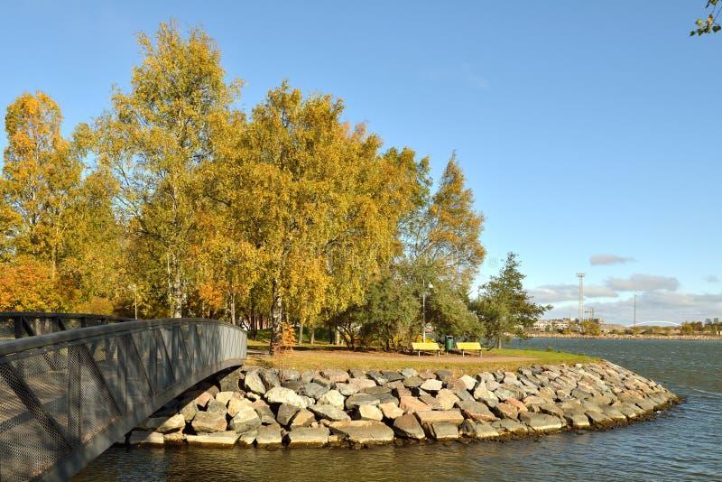 秋天横向 赫尔辛基公园 免版税库存照片