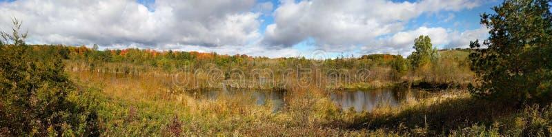 秋天颜色在胭脂全国都市公园 免版税库存照片