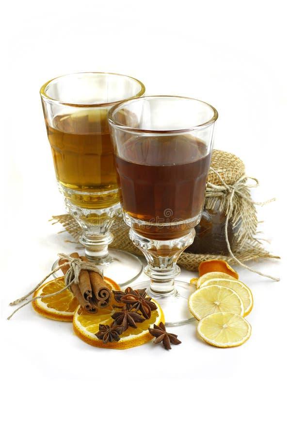 秋天黑色查出的样式茶 库存照片